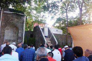 Tarihi Namazgahta Bayram namazı