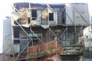 Beykoz Çubuklu'da tarihi eser tehlike saçıyor…